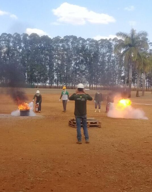 Colaboradores concluem curso de Formação de Brigada de Incêndio e Socorristas