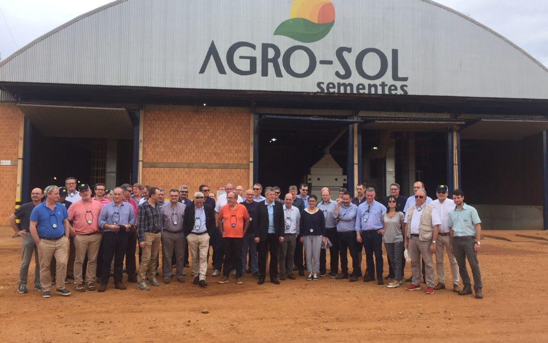 Agro-Sol recebe visita de grupo de franceses da InVivo