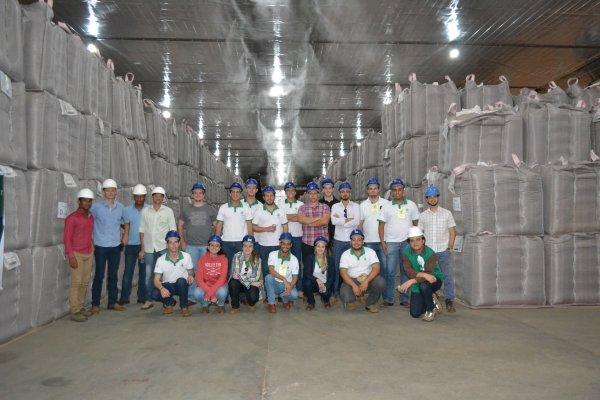 Agro-Sol recebe visita do projeto Futuros Produtores do Brasil